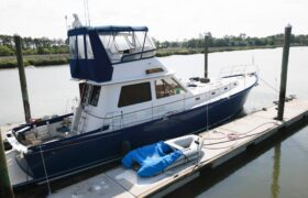 7852916 20210503132617547 1 XLARGE at Knot 10 Yacht Sales