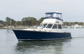7024474 20190325154615206 1 XLARGE at Knot 10 Yacht Sales
